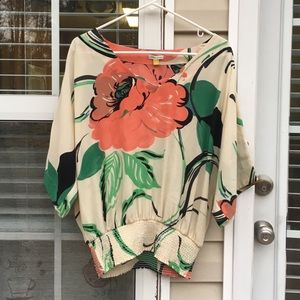 Leifsdottir floral loose fit short sleeve blouse